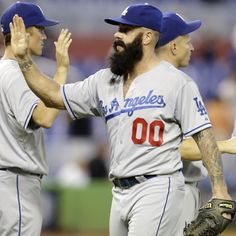 Brian Wilson fuuuuuudge a stabbbb in my heart!but he looked better in a GIANTS uni he'll never be the same! One last fear the beard! U know u left ur heart in SF! Sports Baseball, Baseball Cards, Sports Teams, Angel Stadium, Dodgers Fan, Brian Wilson, Dodger Blue, Win Or Lose, Love My Boys