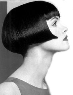Cute modern version of 20's bob/ 60s Vidal Sassoon geometric cut