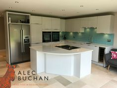 The unique tiles youve been searching for! Alec Buchan - Glass tiles in the colours you love. Open Plan Kitchen, Updated Kitchen, New Kitchen, Kitchen Ideas, Fusion Kitchen, Conservatory Kitchen, Kitchen Family Rooms, Kitchen Upgrades, Glass Tiles