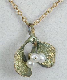 Silver Seasons - Michael Michaud -  Mistletoe Necklace