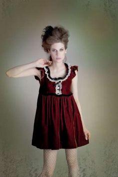 Glitzy Gothic Editorials : Jacquelyn Jablonski Antidote Magazine