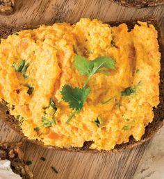Czech Recipes, Ethnic Recipes, Baking Recipes, Healthy Recipes, Modern Food, Breakfast Snacks, Raw Vegan, Vegetable Recipes, A Table