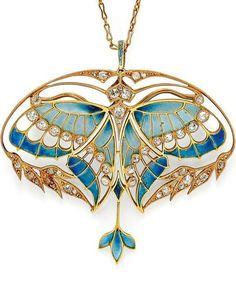 Art Nouveau Gold, Plique-à-Jour Enamel, and Diamond Pendant/Brooch, Henri Vever Paris. Designed as a butterfly with plique-à-jour enamel wings and bezel-set old mine-cut diamonds, framed by foliate motifs set with old mine- and rose-cut diamonds Bijoux Art Nouveau, Art Nouveau Jewelry, Jewelry Art, Fine Jewelry, Jewelry Design, Gold Jewelry, Jewelry Crafts, Diamond Jewelry, Jewelry Necklaces