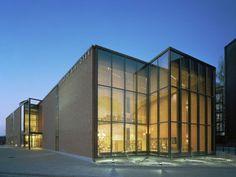 Lohja Main Library, Lohja, Finland - Lahdelma & Mahlamäki Architects Red Brick Walls, Main Library, Peaceful Places, Red Bricks, Public Service, Helsinki, Finland, Building, Architects