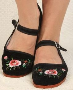 fashion chinese mary janes | Chinese Mary Jane Fabric Flats in Embroidered Black Velvet