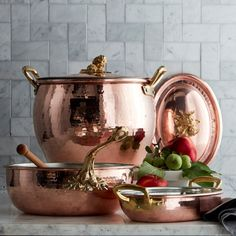 Ruffoni Historia Hammered Copper Chef's Pan with Acorn Handle Copper Pans, Hammered Copper, Copper Kitchen Accessories, How To Make Risotto, Copper Tea Kettle, Pots And Pans Sets, Wood Spoon, Cookware Set, Kitchenware
