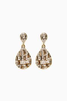 Baxelle Earrings / ShopSosie #champagne #crystal  #drop #earrings #shopsosie