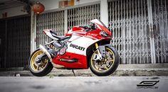 Il Ducatista - Desmo Magazine: 959 by Gforce