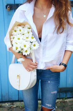 keep it simple : white shirt + jeans