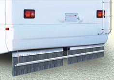 When flat-towing a dinghy vehicle, it's important your motorhome has a mud flap that works. Some of the loose-bristle or brush-type flaps seem to reach a horizontal position when the motorho…