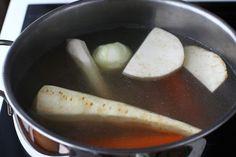 Salata de boeuf - rețetă pas cu pas | Laura Laurențiu Ethnic Recipes, Food, Salads, Essen, Meals, Yemek, Eten
