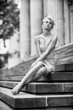 - inspiration for SexyMuse.com - Big city girl by Hanny Honeymoon on 500px