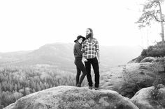 Couples lifestyle shoot in the mountains |  Saskia & Ben @magnoliarouge
