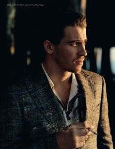 Garrett Hedlund-- i would totally cut your hair for free for the rest of your life if you dated me. no joke.