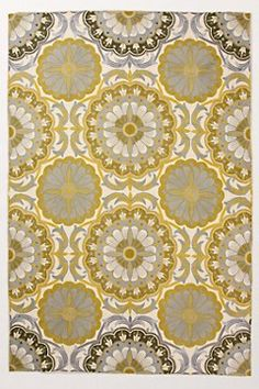 yellow and gray rug - would like this for my grey and yellow laundry/mud room.