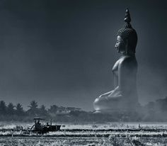 Statue Thailand - Largest in the world. I would definitely love to see this in person.Buddha Statue Thailand - Largest in the world. I would definitely love to see this in person. Lotus Buddha, Art Buddha, Buddha Artwork, Buddha Wisdom, Laos, Oh The Places You'll Go, Places To Travel, Places To Visit, Temples