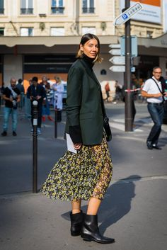 A flowy skirt plus a structured blazer is the opposites-attract outfit you've been waiting for.
