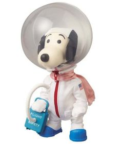 Vintage 1969 Snoopy Astronauts Snoopy in Space Suit Figure w/ Original Box F/S Peanuts Toys, Peanuts Snoopy, Snoopy Toys, Back To The Moon, Space Toys, Buy Toys, Vintage Packaging, Charlie Brown Peanuts, Santa Gifts