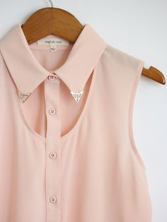 Peter pan embellished collar with cut out detail - on point.