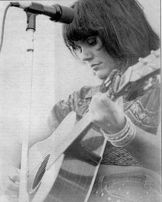 linda ronstadt | Linda Ronstadt  Beautiful strong soulful. <3 LOVE <3