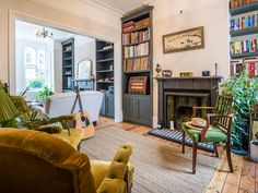 Complete back-to-brick overhaul of a terraced 3-bedroom house in Leytonstone, including a loft conversion, which added a new master bedroom with an en-suite