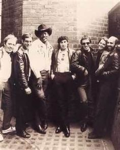 bruce springsteen and the e street band images Elvis Presley, Bruce Springsteen Quotes, The Boss Bruce, Rock And Roll History, E Street Band, Born To Run, Great Bands, My Favorite Music, To My Future Husband