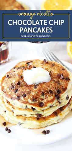 Spoil your dad on Father's Day! Orange Ricotta Chocolate Chip Pancakes will be a hit. These light and fluffy treats have a burst of orange flavor with a sweet surprise from mini chocolate chips. The perfect melt-in-your-mouth treats for a special breakfast! Delicious Breakfast Recipes, Fun Easy Recipes, Savory Breakfast, Sweet Recipes, Yummy Food, Breakfast Ideas, Brunch Ideas, Breakfast Time, Yummy Recipes