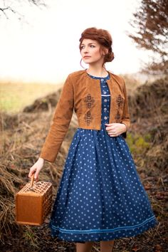 A nod to the blue and copper color combination in the books. Folk Fashion, Retro Fashion, Vintage Fashion, Traditional German Clothing, Traditional Outfits, 50s Outfits, Cute Outfits, Fairytale Fashion, How To Make Clothes