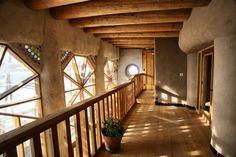 Hallway from Towers Earthship duplex upper level.one of the housing options for Earthship Interns and Earthship Academy students and Earthship Biotecture Earthship Design, Earthship Home, Earthship Biotecture, Earthship Plans, Natural Homes, Earth Homes, Natural Building, Eco Friendly House, Sustainable Architecture
