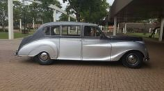 Classic Cars is a website for all Classic Car, Vintage, Old, Muscle, Antique & Veteran Car Enthusiasts all over South Africa & around the World. Veteran Car, Vintage Cars, Classic Cars, Around The Worlds, Bike, Princess, Bicycle, Vintage Classic Cars, Bicycles