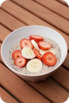 Fräulein Moonstruck kocht!: Erdbeer-Bananen-Porridge