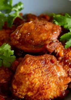 Vietnamese Clay Pot Chicken — Appetite for China - Asiatische rezepte Vietnamese Cuisine, Vietnamese Recipes, Asian Recipes, Ethnic Recipes, Le Diner, Slow Cooker, Asian Cooking, Clay Pots, Main Dishes