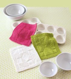 Knit Dishcloths - Making dishcloths is quick and fun! Even better, this plentiful collection of 15 designs by Julie A. Ray…