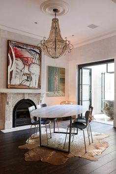 Penny Hanan and her family live in 'Mimosa', a spectacular Victorian city terrace in Sydney. We catch up with the founder of 1803 Artisan Deer Design...