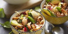 Boodschappen - Groentewok met naanbrood Potato Salad, Granen, Potatoes, Ethnic Recipes, Rooster, Food, Potato, Essen, Roosters