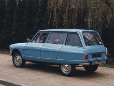 . Citroen Ds, Psa Peugeot Citroen, Vintage Cars, Antique Cars, 70s Cars, Auto Retro, Ford, Small Cars, Motor Car