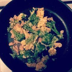 Jajko łosoś i brokuły czyli pyszne śniadanko z #Vitalia