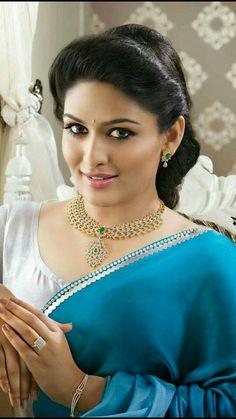 Beautiful Girl Indian, Most Beautiful Indian Actress, Beautiful Saree, Beautiful Gorgeous, Beautiful Actresses, Most Beautiful Women, Beauty Full Girl, Cute Beauty, Beauty Women