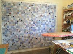 Like the trails of color. What a great quilt idea, thank YOU Cute Quilts, Scrappy Quilts, Plaid Quilt, Recycling, Quilting Designs, Quilting Ideas, Square Quilt, Quilt Making, Bunt