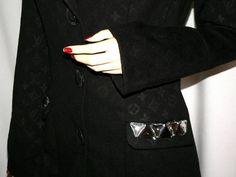 Louis Vuitton fekete női kabát M - Budapest XII. kerület - Ruházat, Ruha Louis Vuitton, Budapest, Georgia, Suits, Fashion, Moda, Louis Vuitton Wallet, Fashion Styles, Suit