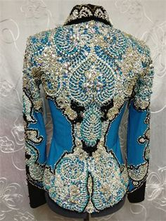 Just Peachy ~ New & Used Horse Show Clothes - Western Show Jackets . Oh my that's very pretty Western Show Shirts, Western Show Clothes, Horse Show Clothes, Horse Clothing, Riding Clothes, Rodeo Outfits, Cowboy Outfits, Western Outfits, Western Wear