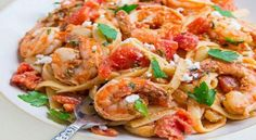 You already know that shrimp are delicious, but did you also know that they are chock-full of nutrients like protein, selenium and vitamin It's true! So don't just sit there, get up and start making one of these delicious shrimp recipes! Shrimp Linguine, Linguine Recipes, Shrimp Recipes, Fish Recipes, New Recipes, Ways To Cook Shrimp, Strawberry Recipes, Strawberry Brownies, Greek Recipes