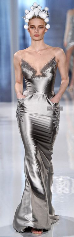 Valentin Yudashkin FW 2013-14 this dress is stunning dont look at the headpiece it throws the dress off