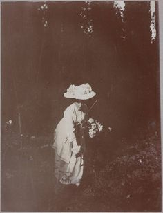 Empress Alexandra in a rose garden