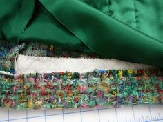 Tweed & Bouclé: The Classic Cardigan Jacket EmmaOneSock Sewing Tutorials Chanel Jacket Trims, Chanel Style Jacket, Chanel Fashion, Diy Fashion, Sewing Tutorials, Sewing Patterns, Couture Sewing Techniques, Chanel Couture, Sweater Knitting Patterns