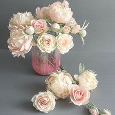 Soft and delicate #paperflowers #pastelcolors #crepepaperflowers #craft