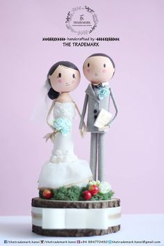Groom & Bride Dolls - For my girl on wedding day <3 * Main material: ironwood, fabric, paint, color paper. * Size: diameter of base-10cm / high-21cm. #Thetrademek #wedding #caketopper #wooddoll #doll #handcraft