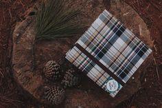 La Conviteria - Caixa Convite Madrinha e Padrinho #wedding #casamento #gif #love #papelaria #exclusividade #amor #madrinha #padrinho #pajen #daminha #cartonagem #caixa #lembrancinha #personalizados #gif #convite #xadrez