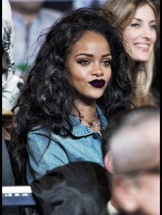 RiRi wearing that lipstick, like whoa sexy swag rihanna sunny casual riri lipstick eyewear beauty accessories sunglasses Make Up Looks, Beauty Makeup, Hair Makeup, Hair Beauty, Prom Makeup, Makeup Hairstyle, Makeup Style, Flawless Makeup, Makeup Goals