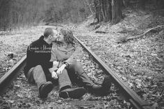 Engagement session. www.laurashankelphotography.com